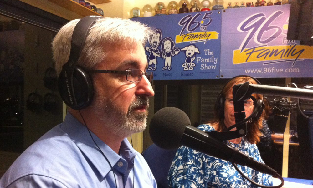 Dr William Struthers on 96five FM
